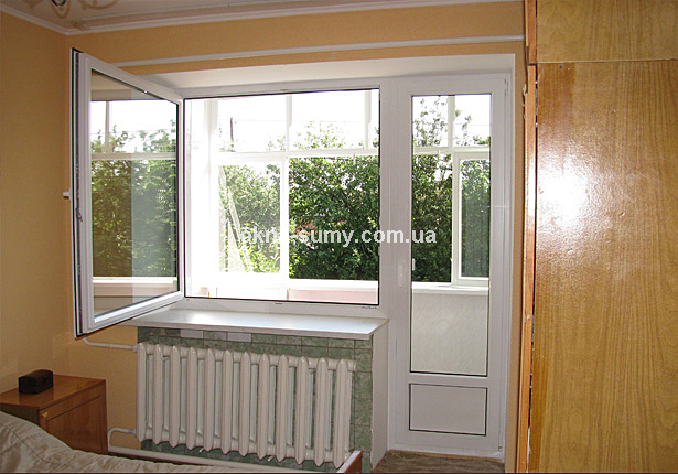 """Уникальный балконный блок окна сумы от """"дрезднер фенстербау""""."""